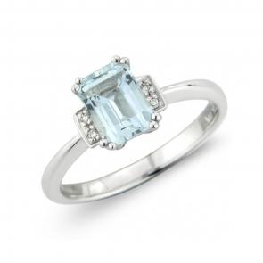 Diamond & Aquamarine Ring in 9k White Gold