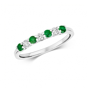 Diamond & Emerald 7 stone ring, 0.40ct, 9k White Gold
